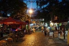 Rua principal para restaurantes